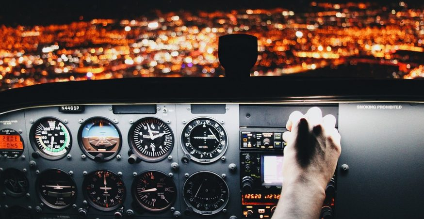 How Autopilot Works In Modern-Day Airplanes