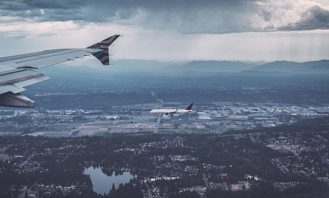 Can Changing Flight Altitudes Reduce the Environmental Impact of Jets?