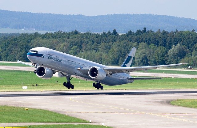 Boeing 777 Celebrates Its 25th Birthday