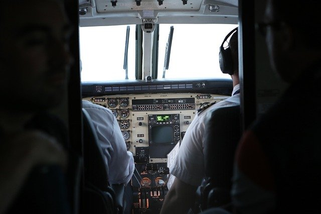 What Is the 'Six Pack' In Airplane Cockpits?