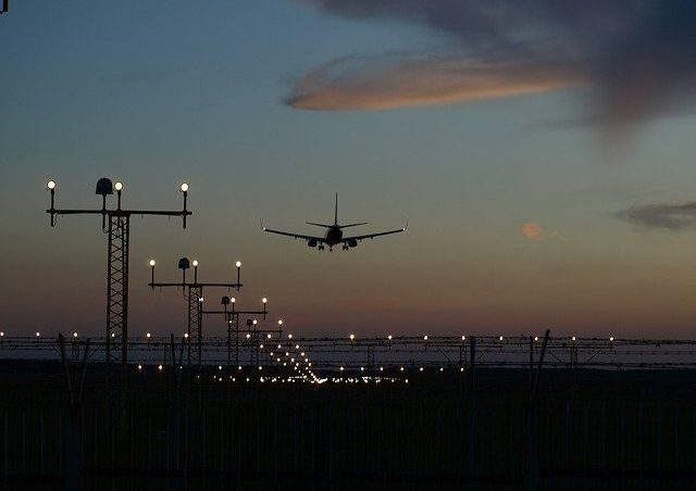 How Do Airplanes Brake When Landing?
