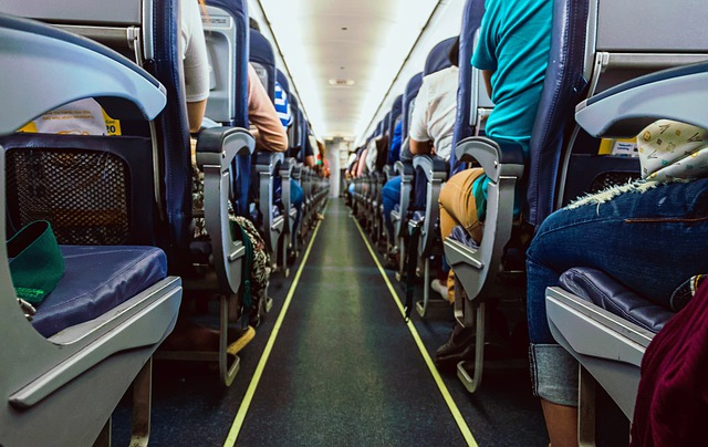 Should Airplanes Leave the Middle Seats Open?