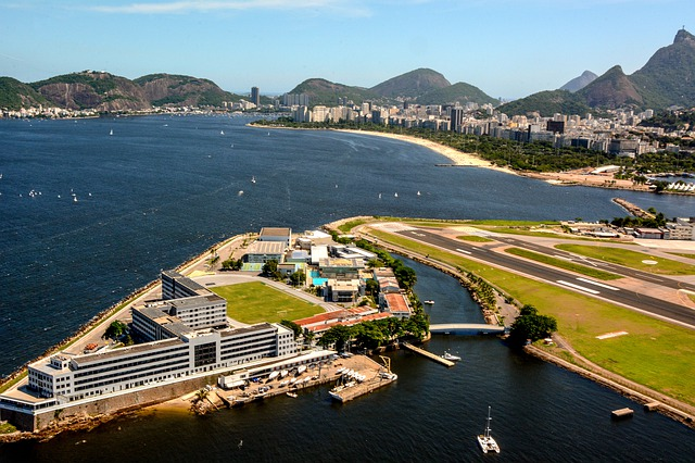 Did You Know? Why Airports Are Oftentimes Located Near Water