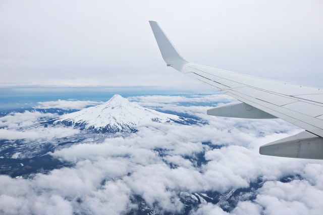 6 Common Types of Airplane Wingtips